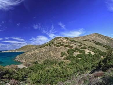 SYROS: La spiaggia di Grammata e la Grotta Grigia