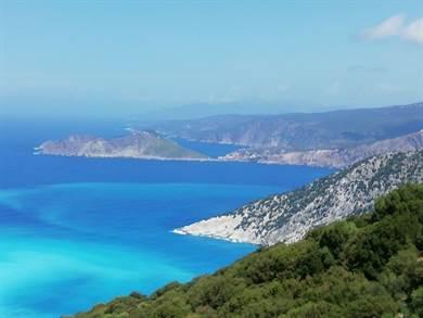 Dopo aver scoperto per caso il sito Meravigliose Isole Greche, abbiamo provato ad affidarci alla sua ideatrice Juna per la nostra vacanza a Cefalonia