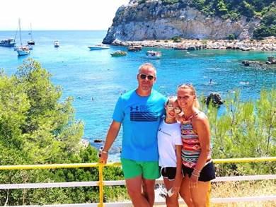 Ci siamo affidati a Juna per questo nostro primo viaggio in Grecia.