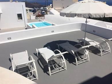 Ajoba Santorini