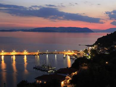 Aegean Wave Hotel - Loutraki - Skopelos