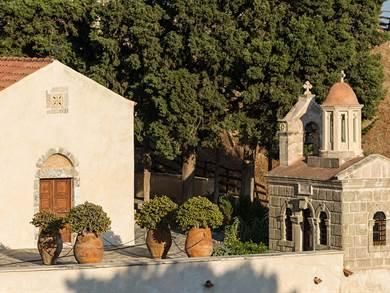 Monastero di Preveli foto by Uoaei1 - Own work, CC BY-SA 4.0, httpscommons.wikimedia.orgwindex.phpcurid=36608004