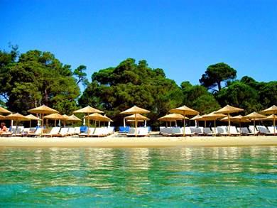 La spiaggia di Koukounaries
