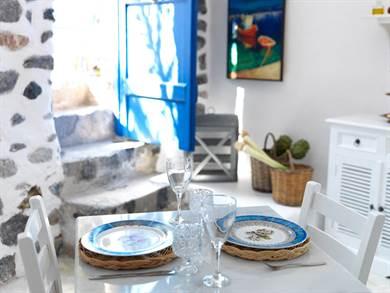 Afoura Houses - Blue Houses - Exa Gonia - Santorini