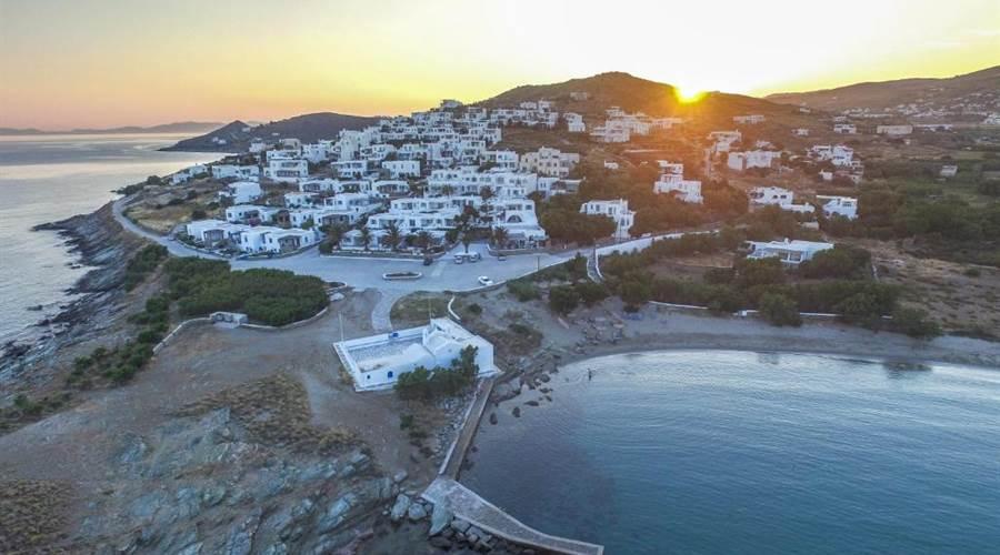 Spiaggia di Agios Sostis Tinos - Meravigliose Isole Greche