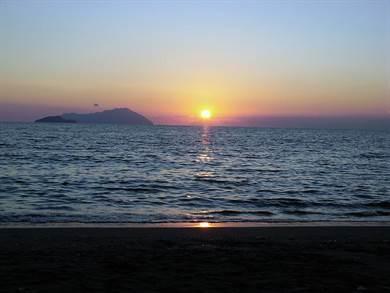 Spiaggia di Mavrospilia