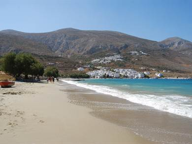 Spiaggia di Aegiali foto by www.amorgos.gr