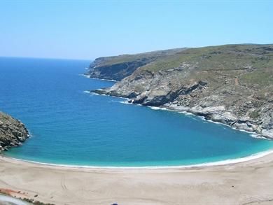 Spiaggia di Zorkos foto by www.andros-guide.gr