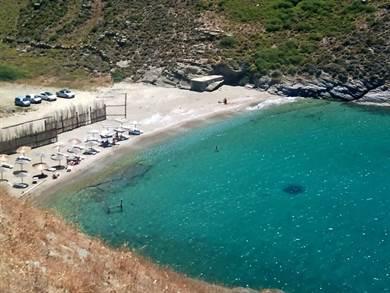 Apothykes beach foto by www.greece.com