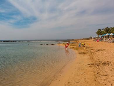 Limnara Beach foto by www.cyprus.terrabook.com