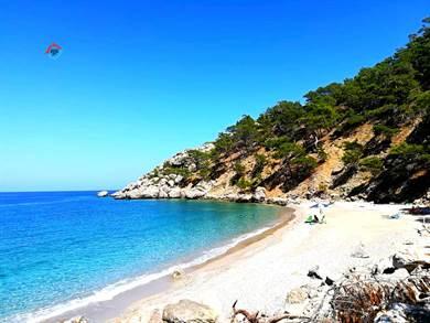 Spiaggia di Kato Lakos