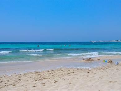 Glyki Nero Beach foto by www.beachsearcher.com
